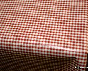 Vahakangas-punavalkoiset-pikkuruudut