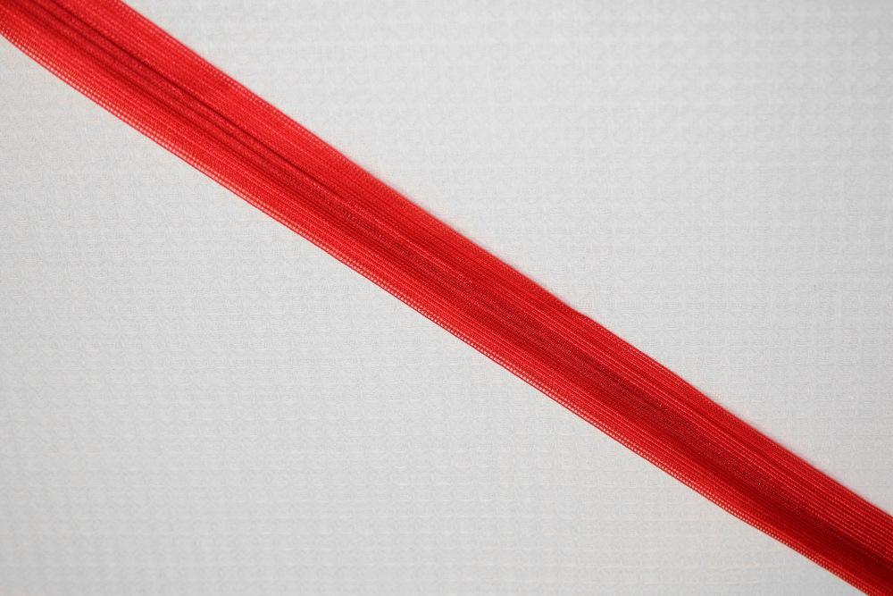 punainen-piilovetoketju