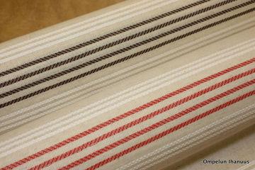 Tupaverhot-punainen-ja-ruskea1